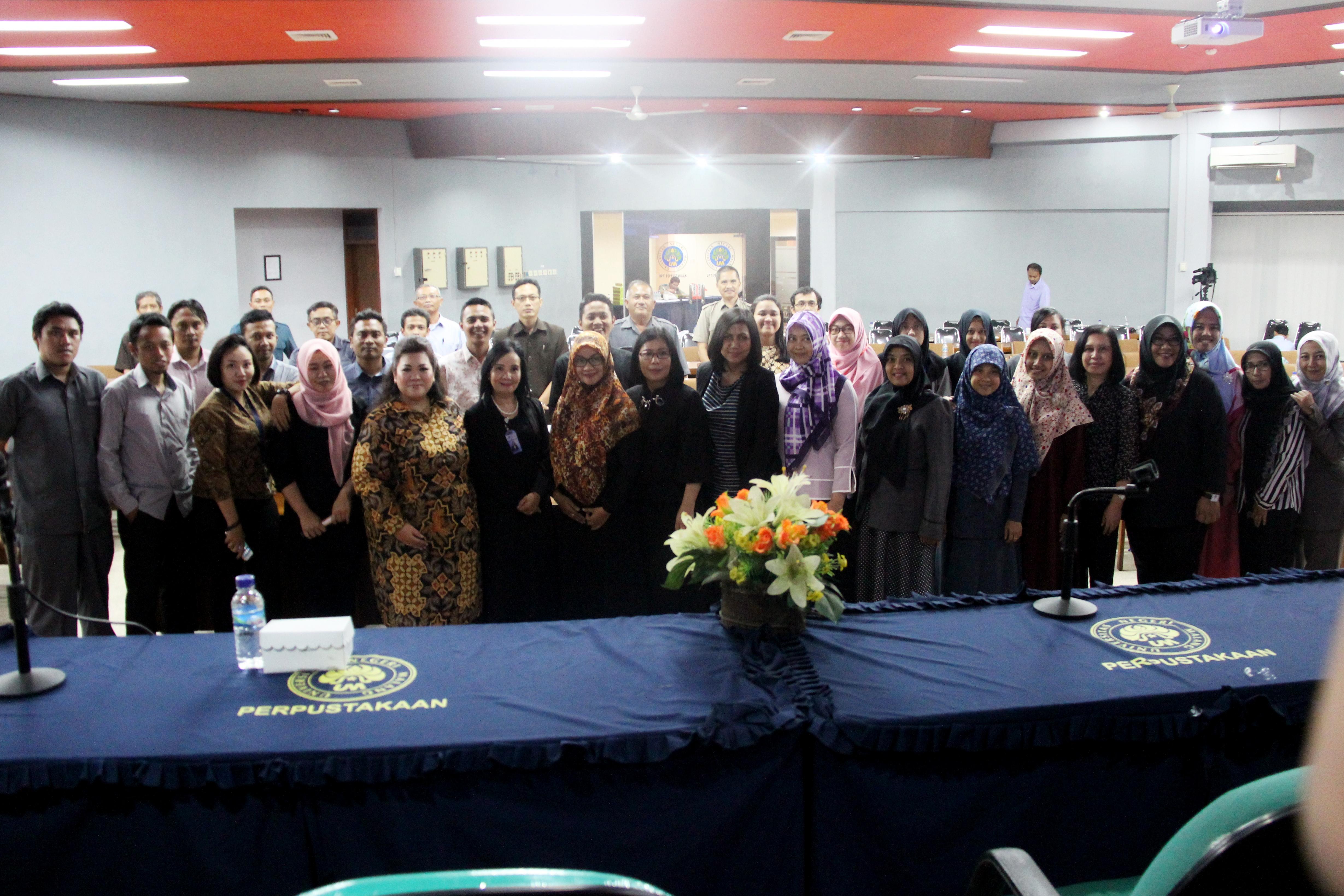 Rapat Kerja Peningkatan Kualitas SDM sekaligus Sosialisasi Penanganan Aplikasi Lapor Universitas Negeri Malang (UM)