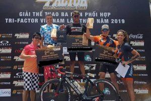 Mahasiswa UM Sabet Juara Triatlhon di Vietnam